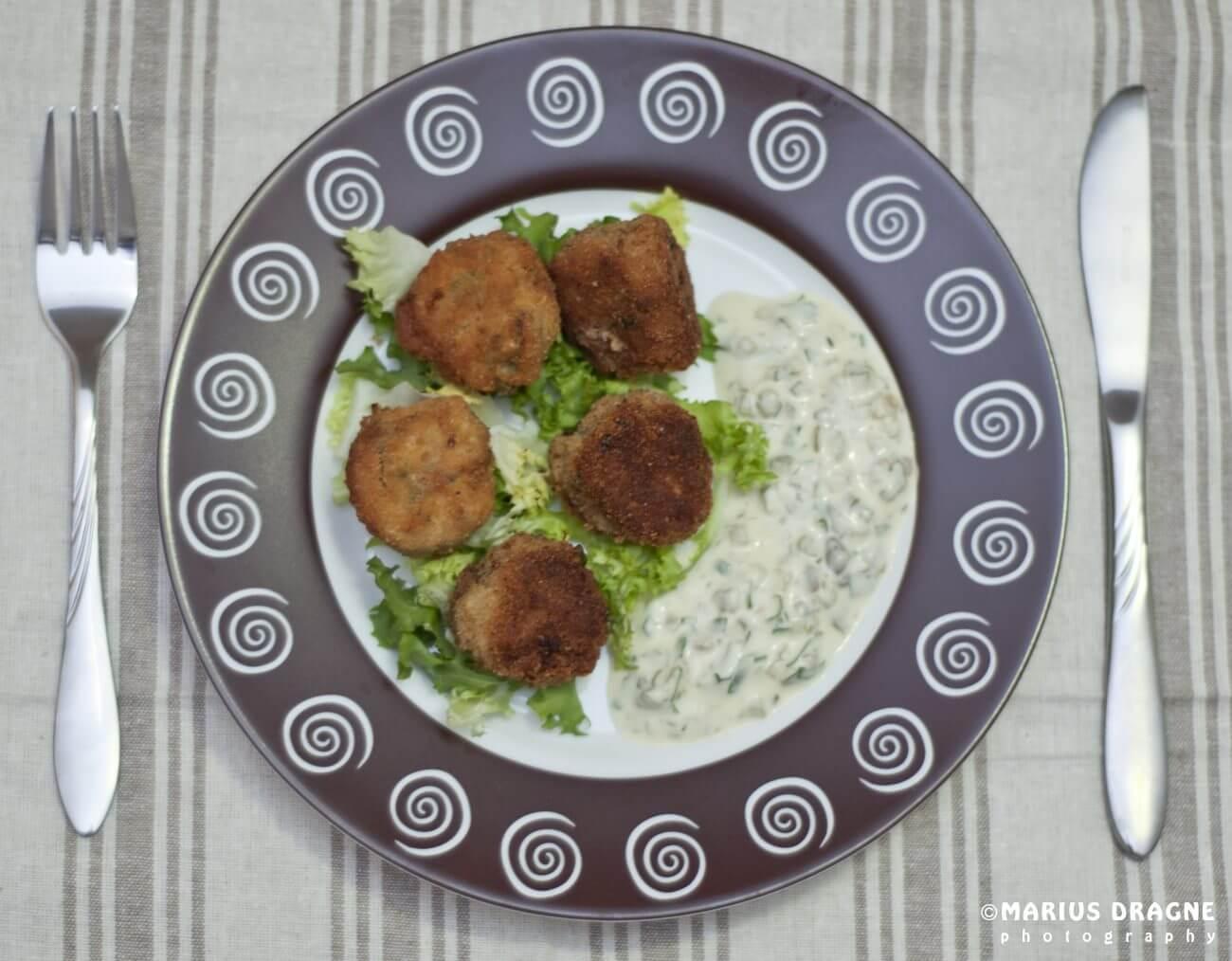 Chiftelute cu ton si sos tartar