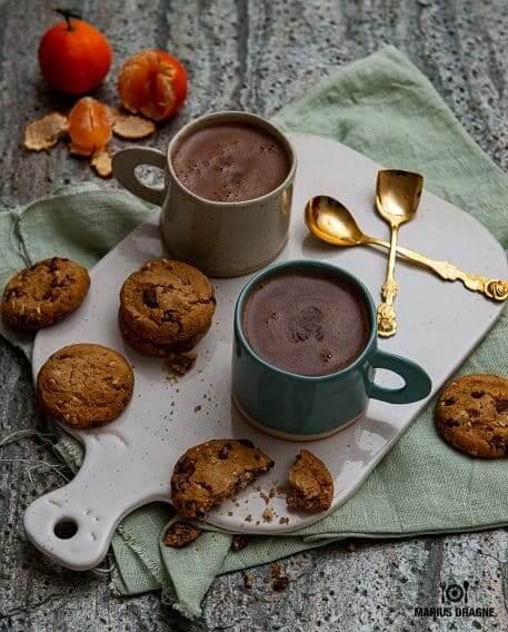 Ciocolata calda cu cardamom