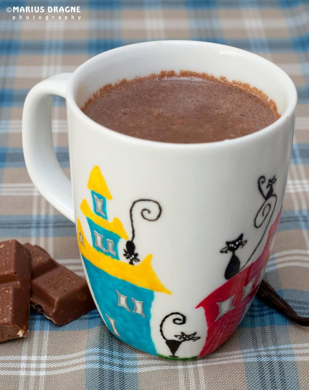 Ciocolata calda cu vanilie