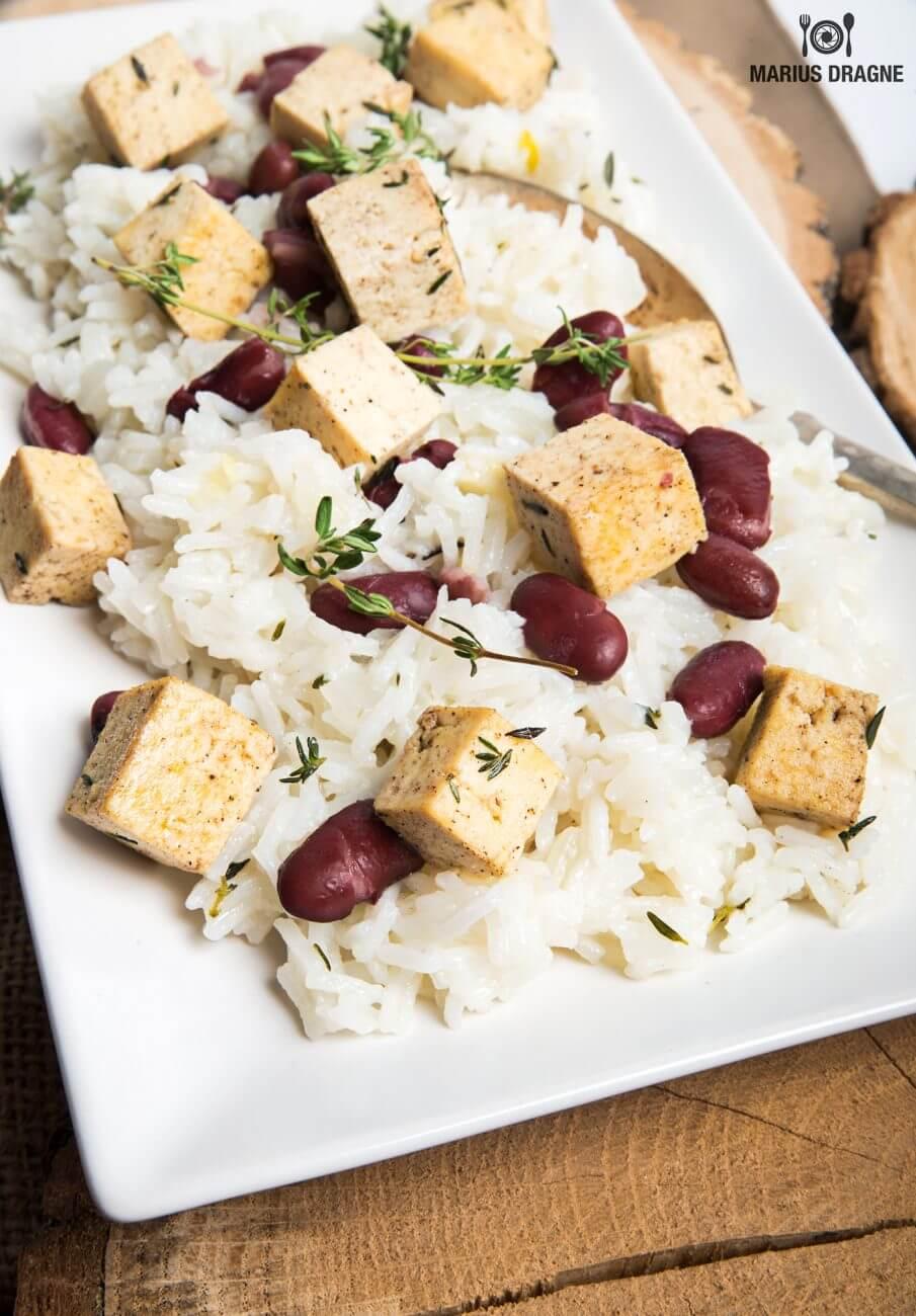 Orez cu tofu si fasole rosie