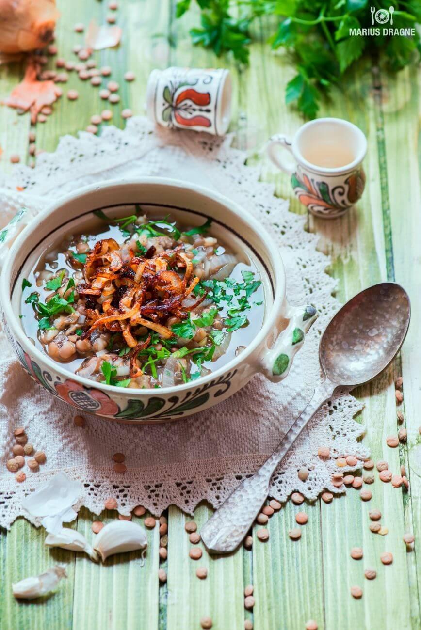 Supa de ceapa cu linte si orz