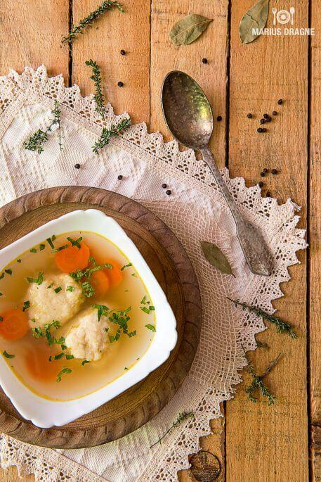 Supa clara cu galuste de pastarnac