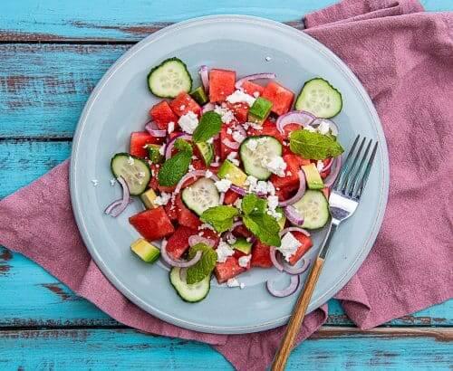 Salata de vara cu pepene rosu – reteta video
