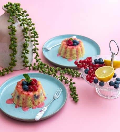 Mini bundt cake cu lamaie
