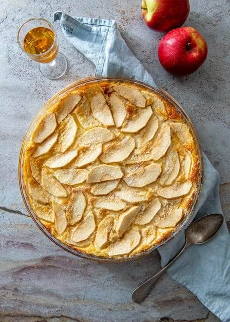 Clafoutis cu mere