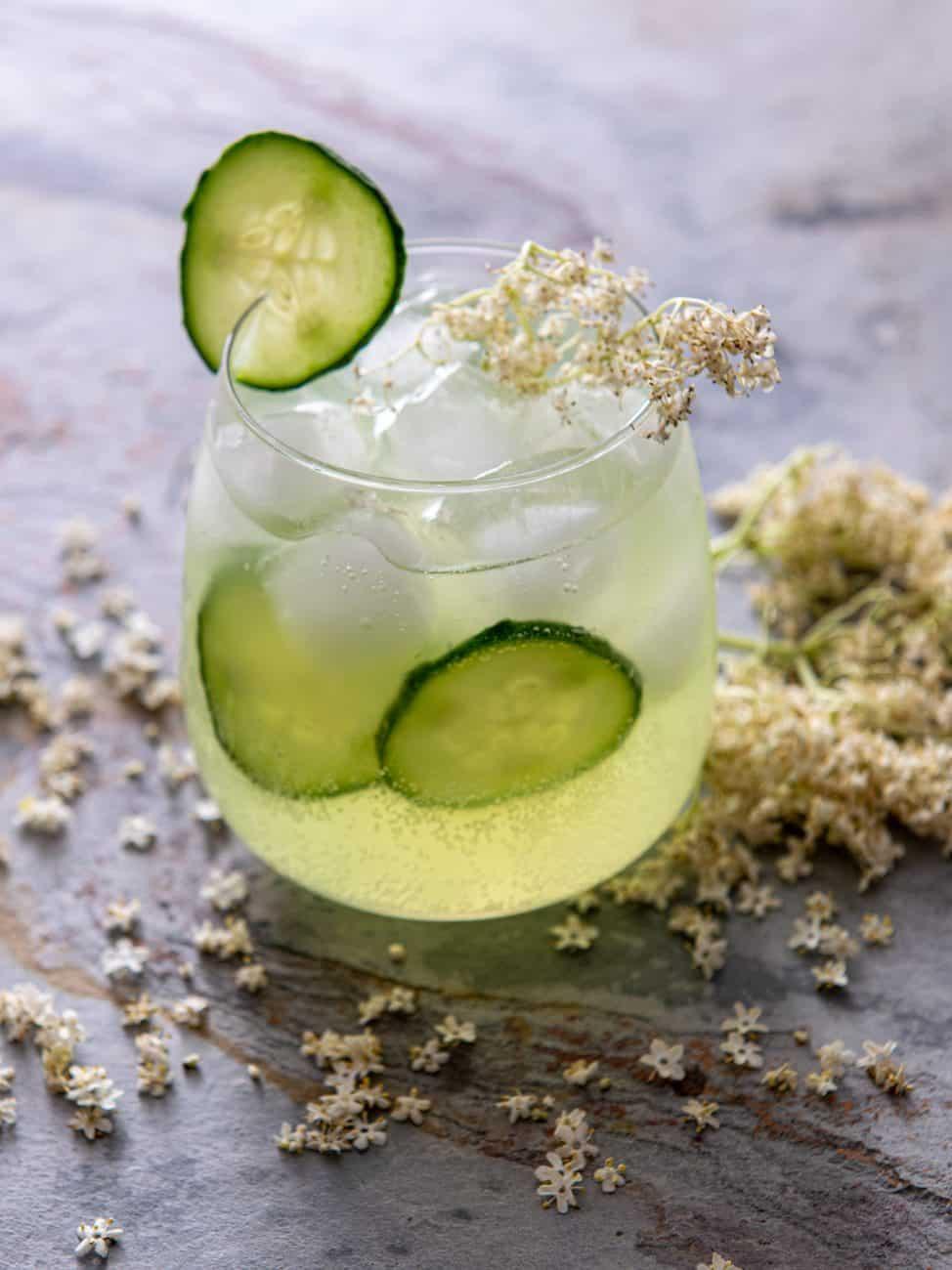 Gin tonic cu soc
