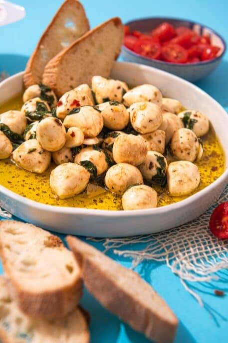 Bilute de mozzarella marinate